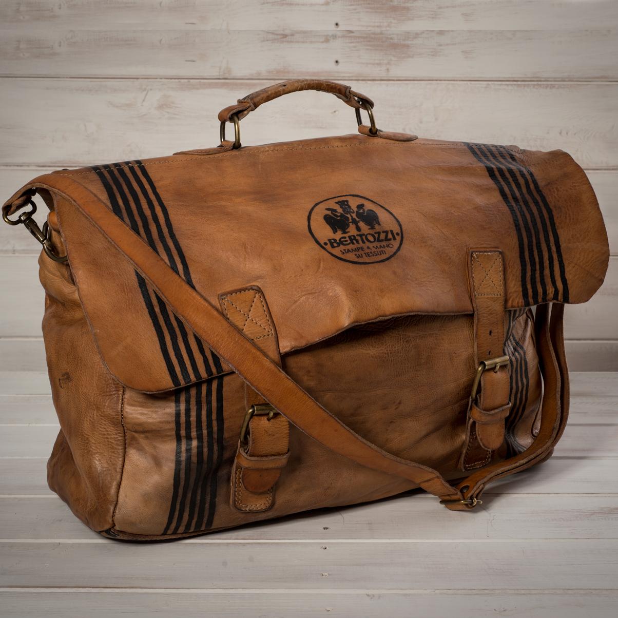 Italian artisan leather bags - AllÓRA