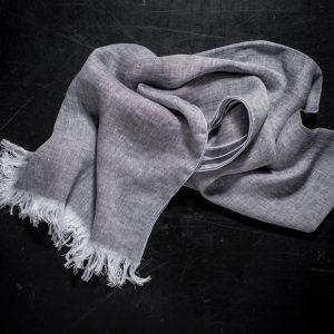 Italian artisan scarf by Tessitura Pardi, allorashop