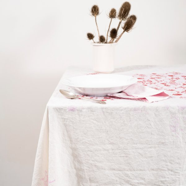 luxury-light-pink-tablecloth