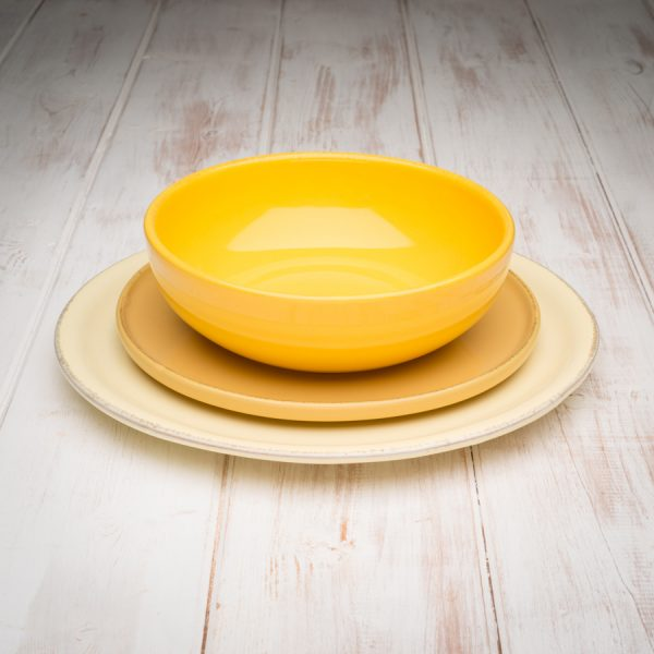 Yellow tuscan dinerware set