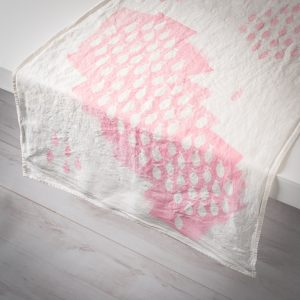 pink linen table runner sardines
