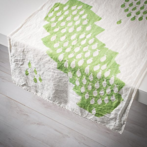 green linen table runner sardines