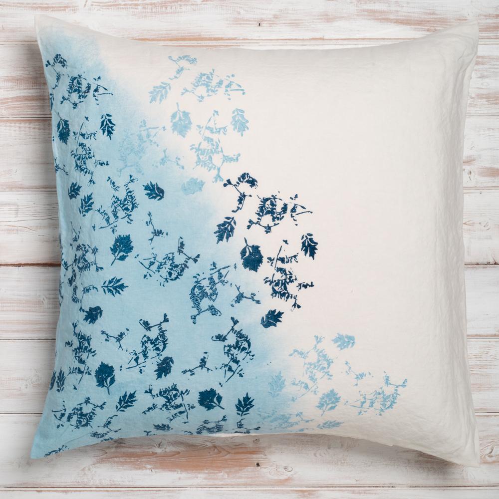 bertozzi blue linen cushion