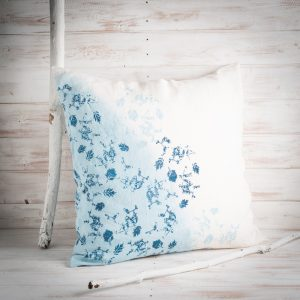 bertozzi blue linen cushion