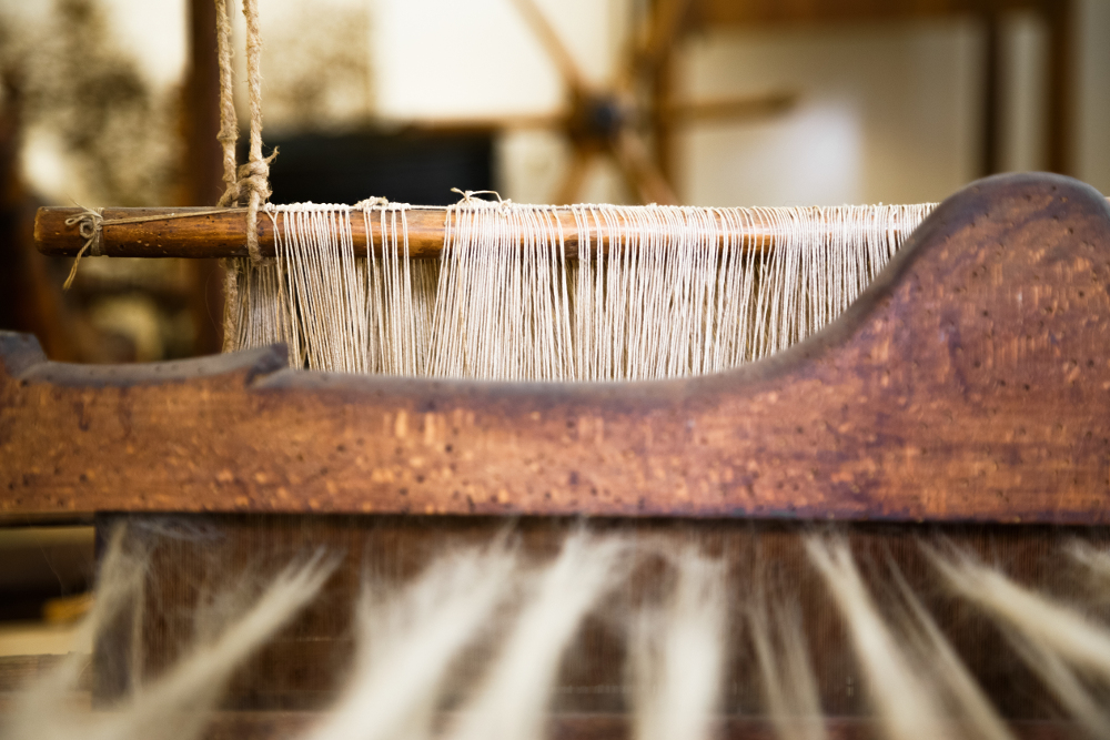 Shuttle loom made for creating hand-woven designs