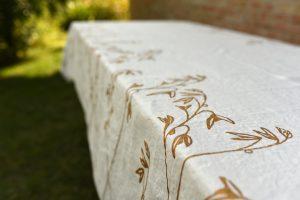 murous-gold-linen-tablecloth
