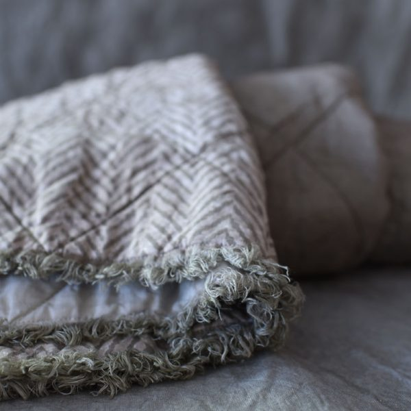 all season linen quilted blanket