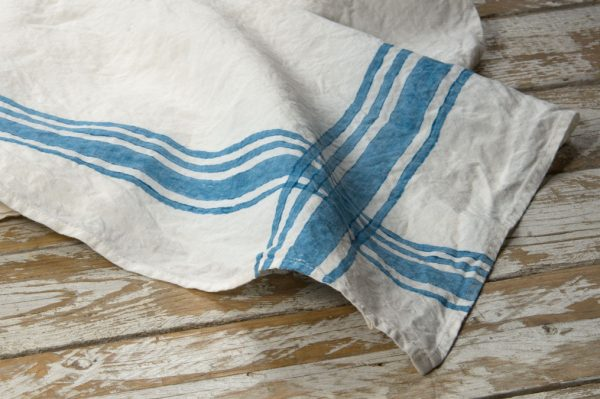 Blue linen kitchen towels Bertozzi
