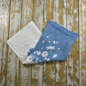 Floral blue linen tea towel Bertozzi