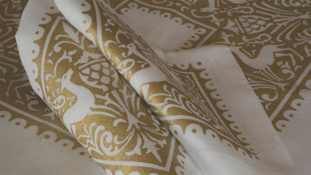 bertozzi linen napkin gold