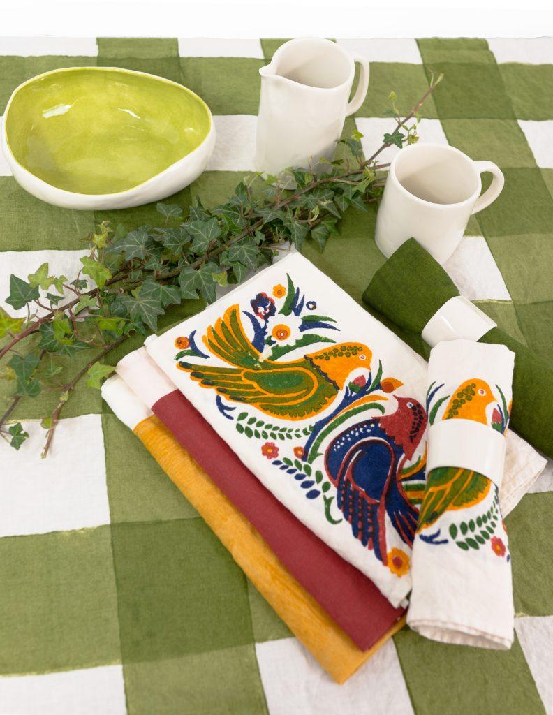 colimbi bespoke table linens