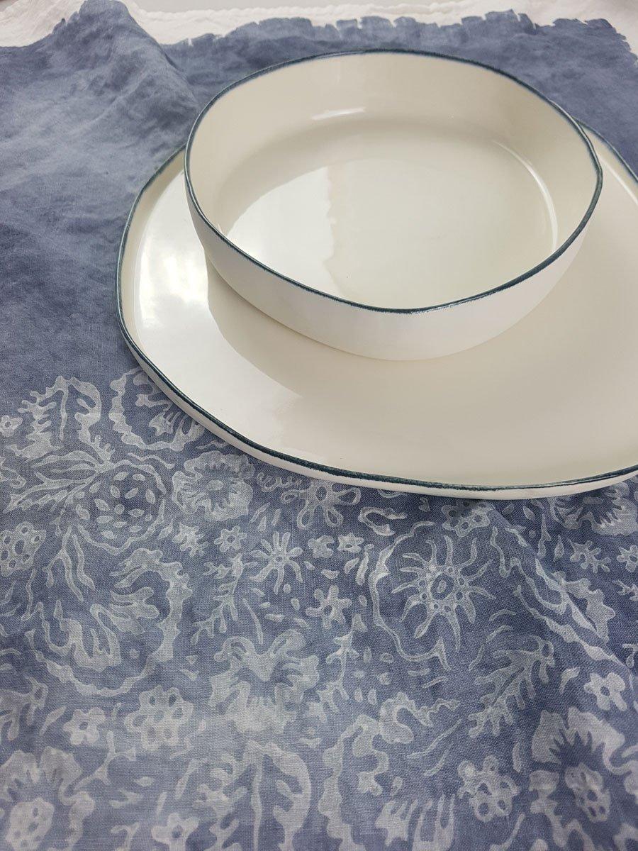 Bertozzi table set