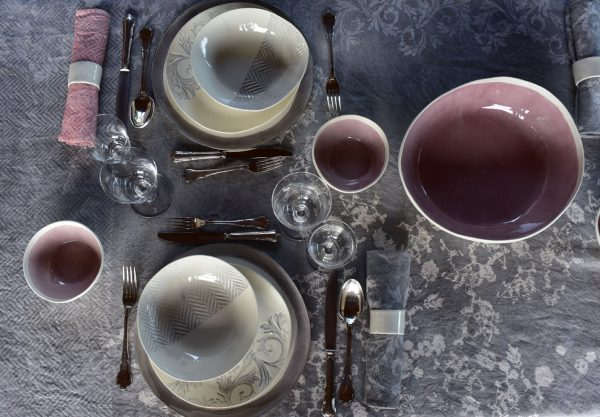 Bertozzi linen table set