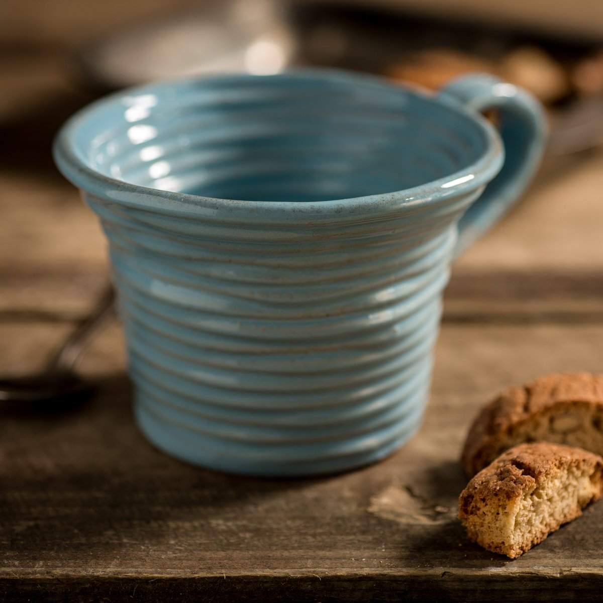 Hand-coiled artisan mug in blue by Ceramiche Tapinassi