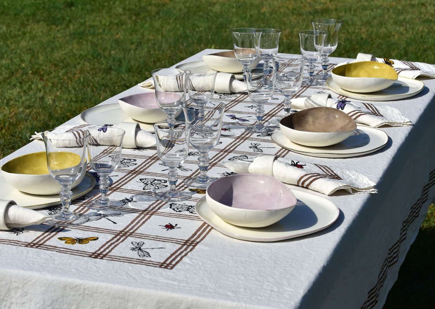 Insect table linen with