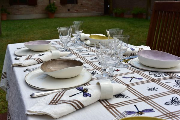 Italian linen tablecloth for spring