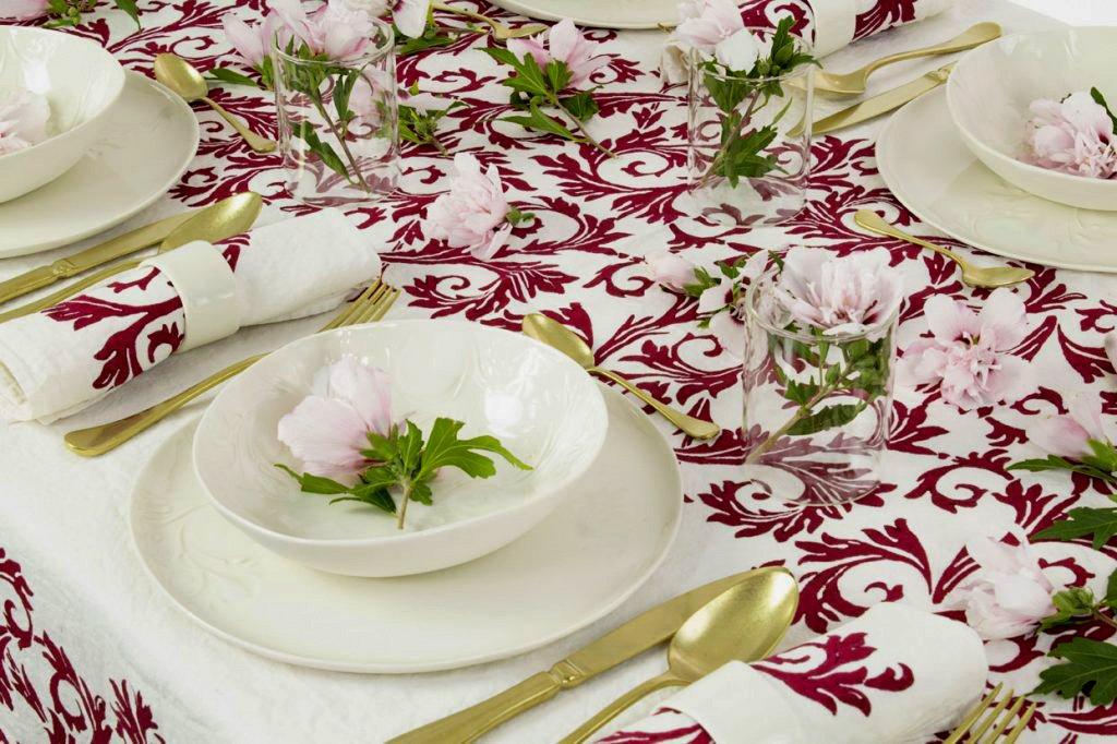Italian linen tablecloth red