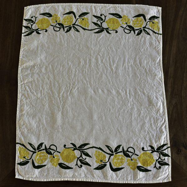 Lemon design tea towel