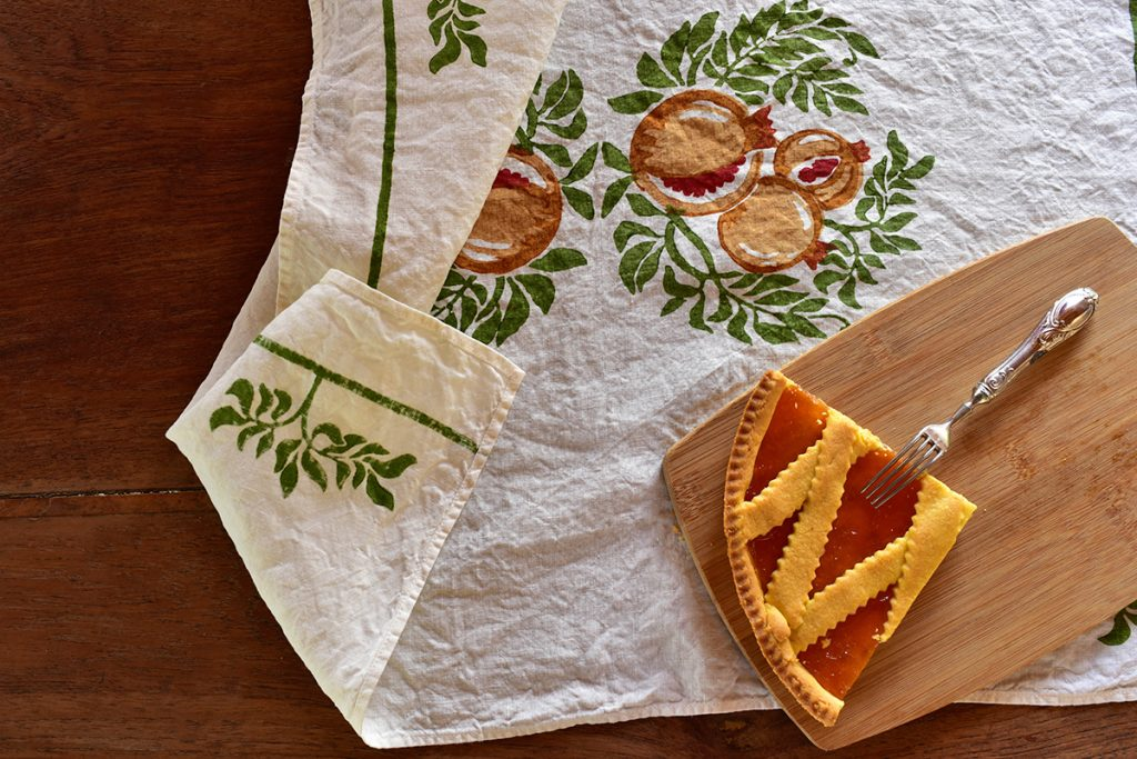 Italian linen towels pomegranate