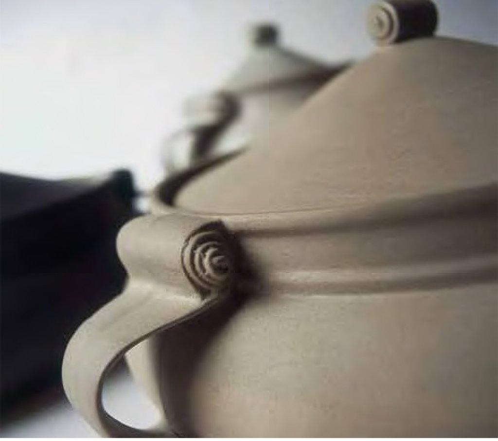 Italian handmade stoneware pot